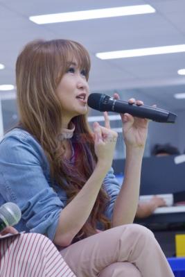 Kongkow Bareng Harpis Cantik Angela July