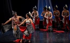 Padnecwara Pentaskan Opera Tari Arka Suta