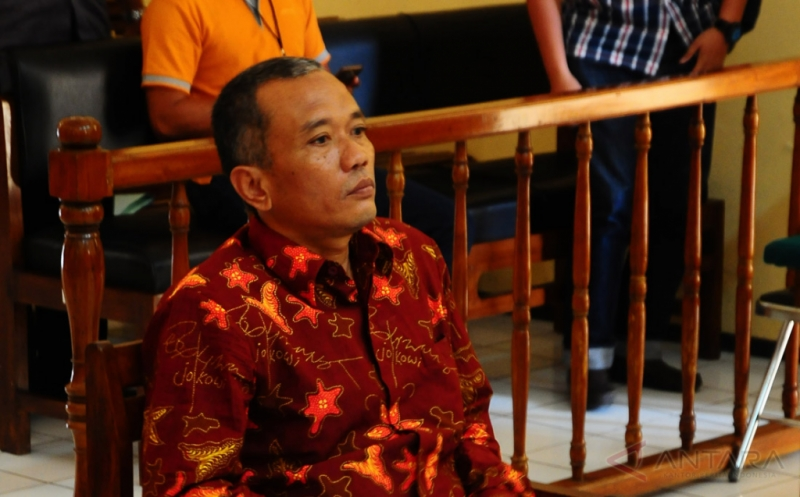 Penulis Buku Jokowi Undercover Terancam Hukuman 5 Tahun Penjara
