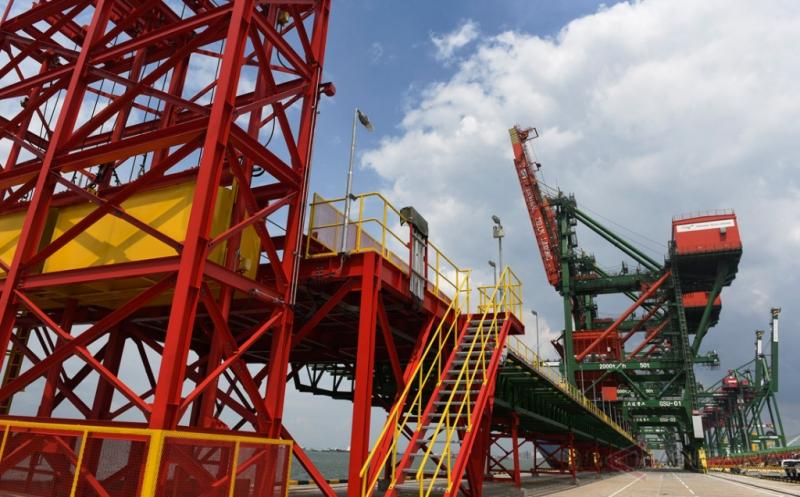 Melihat Lebih Dekat Dermaga Curah Kering Terminal Teluk Lamong