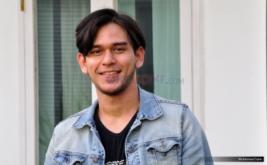 Rangga Azof Perankan Reza di Sinetron Masa Muda