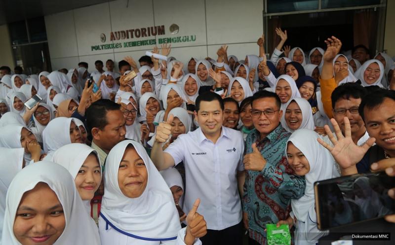 Hary Tanoe Dorong Mahasiswa Poltekkes Kemenkes Bengkulu Jadi Entrepreneur