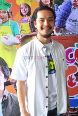 Morgan Oey Perankan Chef Rama di Film Cooking Camp