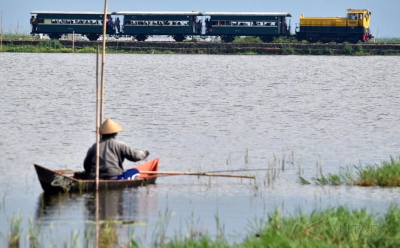 Kereta Kuno Rute Ini Jadi Magnet Wisatawan Dalam Maupun Mancanegara