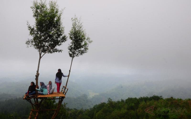 Cuma Rogoh Kocek Rp3 Ribu Anda Bisa Nikmati Pemandangan Deretan Pegunungan Muria