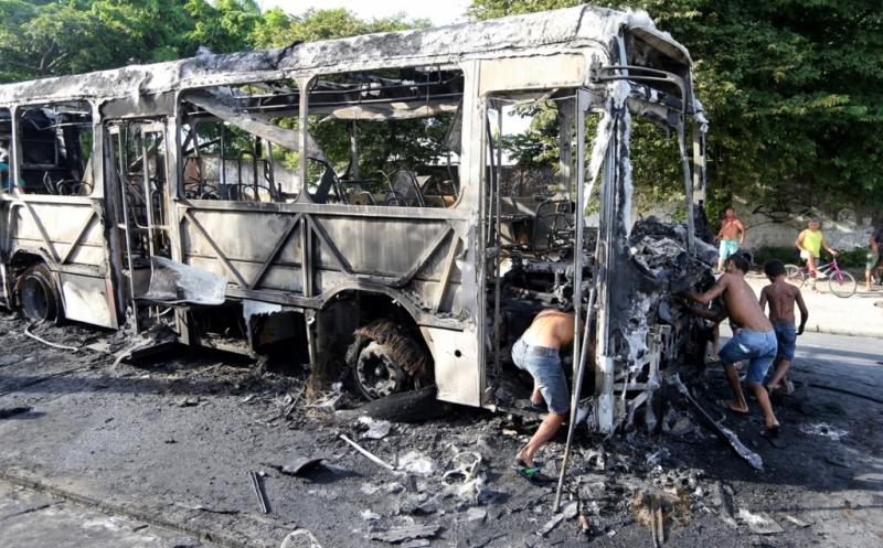20 Bus Dibakar dalam 2 Hari Terakhir di Brasil