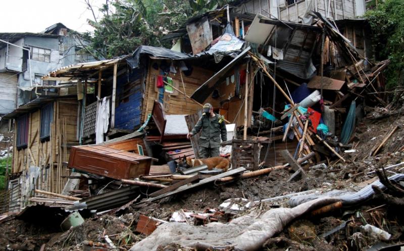 17 Orang Tewas Akibat Longsor di Manizales Kolombia