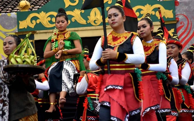 Melestarikan Kesenian Jawa dalam Festival Reog dan Jathilan