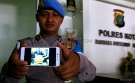 Simpan Tiga Linting Ganja, Rapper Iwa K Ditangkap di Bandara