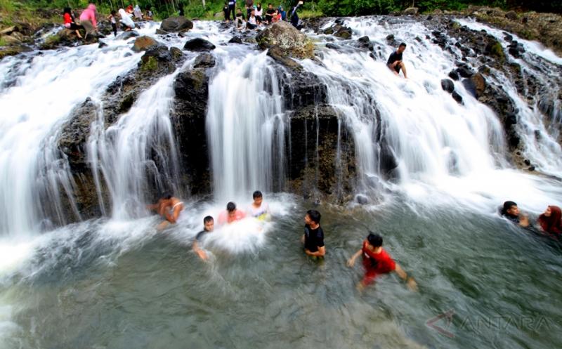 Air Terjun Rayap, Destinasi Wisata Favorit Isi Liburan di Aceh