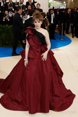 Gaun Glamour para Selebriti di Metropolitan Museum of Art Costume Institute