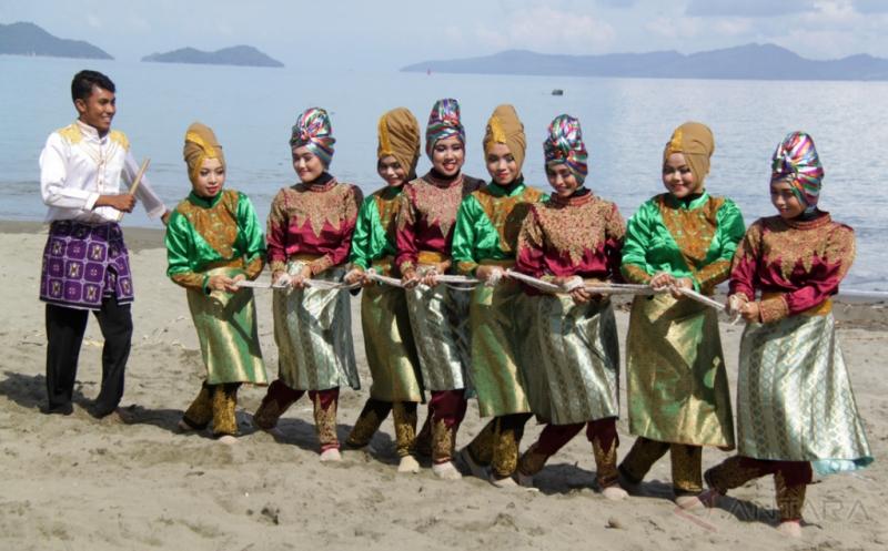 Tari Pukat Kisahkan Kehidupan Nelayan yang Saling Gotong-royong