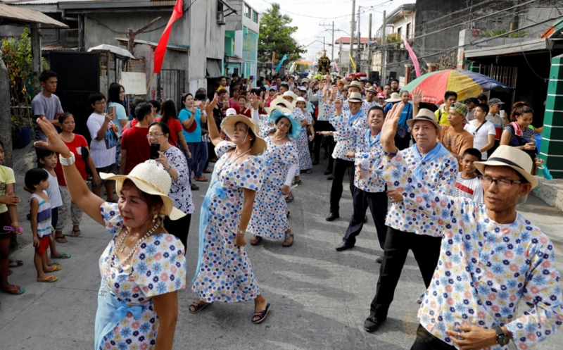 Tarian Kesuburan pada Festival Keagamaan di Obando Filipina