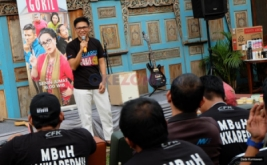 Capai Episode Ke-100,  Keluarga Gokil Eyang Mami Van Mounelen Gelar Syukuran