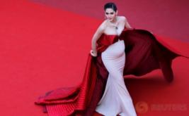 Hamil Besar, Aktris Thailand Ini Tetap Tampil Cantik