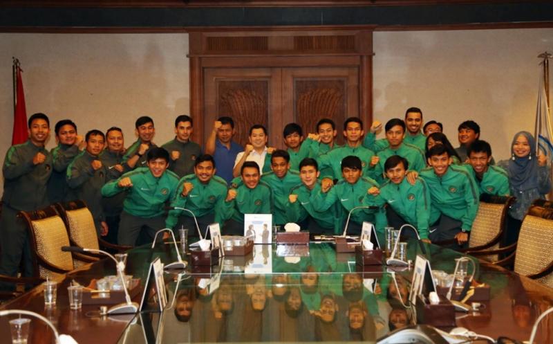 Hary Tanoesoedibjo Sambut Pemain Timnas Futsal U-20 Usai Berlaga di AFC U-20 Futsal Championship