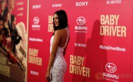 Eiza Gonzalez Tampil Cantik di Baby Driver