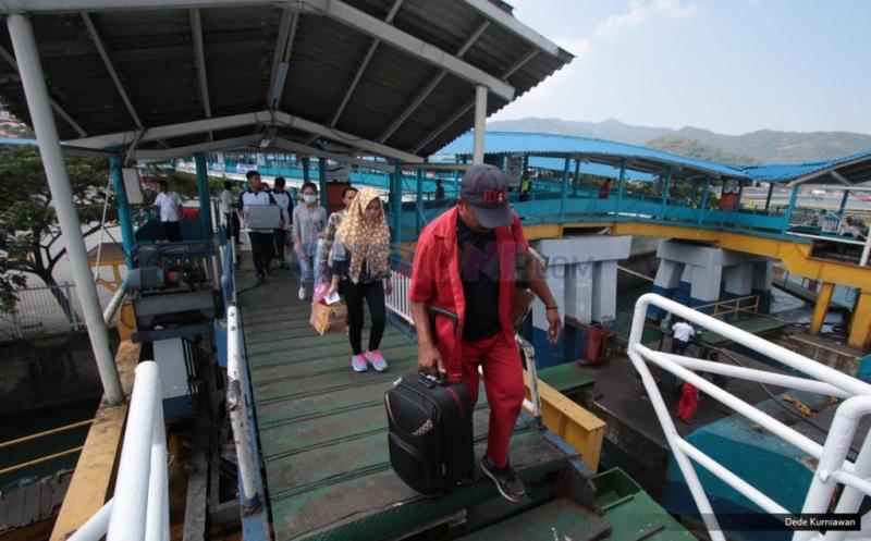 INFO MUDIK 2017 :  Pemudik di Pelabuhan Merak H-5 Belum Terlihat Signifikan