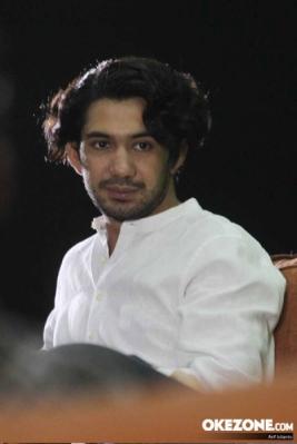 Aktor Reza Rahadian Jadi Juri Kompetisi Video Kreatif
