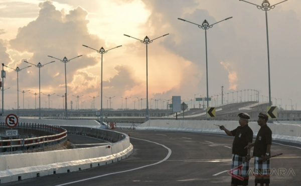 Pecalang Amankan Perayaan Nyepi di Bandara I Gusti Ngurah Rai Hingga ke Desa-Desa