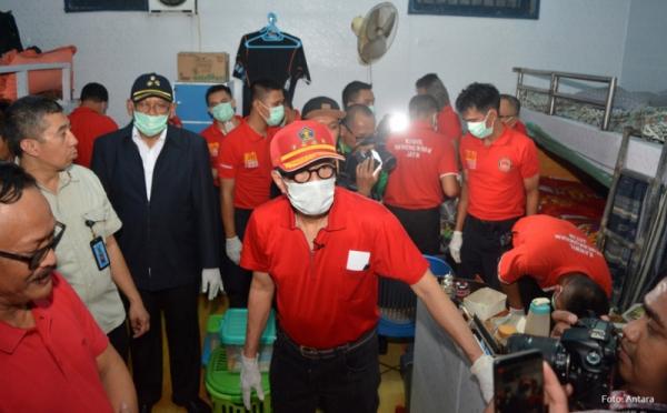 Menkumham Yasonna Laoly Pimpin Sidak di Lapas Klas 1 Surabaya
