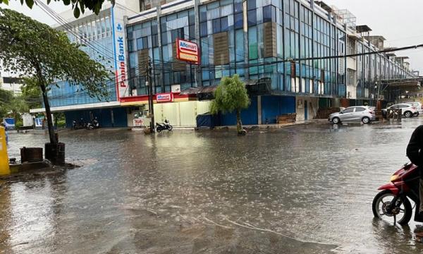 Banjir Rendam Kompleks Duta Harapan Indah Penjaringan 0 ...