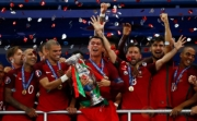 Highlight Euro 2016: Portugal Angkat Trofi Piala Eropa 2016