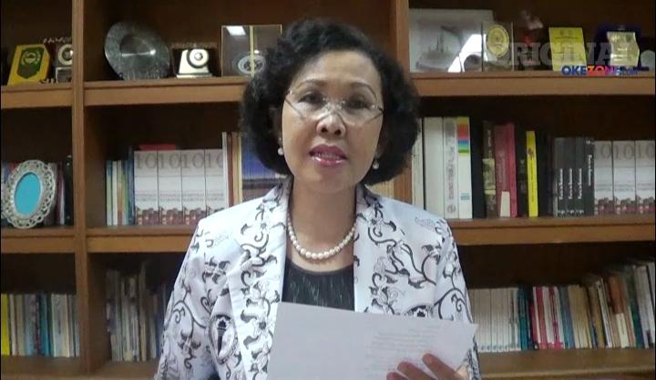 Hasil gambar untuk Plt Ketua Umum PGRI Unifah Rosyidi
