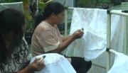 Yuk Selfie dan Belajar Mencanting di Kampung Batik
